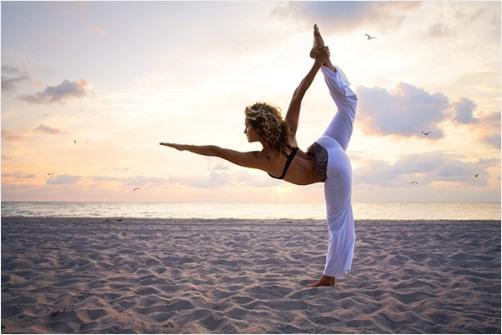 yoga pretty